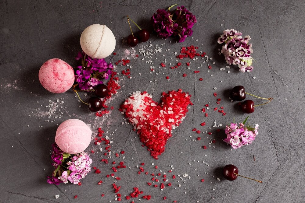 The Best Valentines Gifts for Busy Moms: Bath Bombs, Skin Lightening Creams, and More